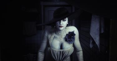 resident evil 3 mod lady dimitrescu specchio